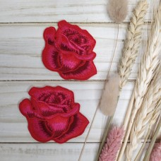 Термоаппликации Бутон красная роза (цена за 1 шт)