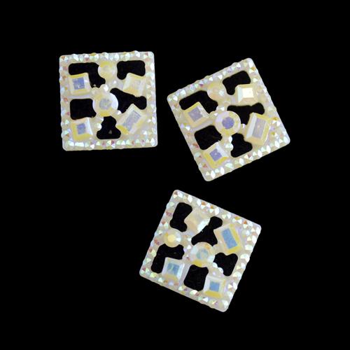 Декоративные элементы CON2519 Украшение 10*10мм (белый перламутр)